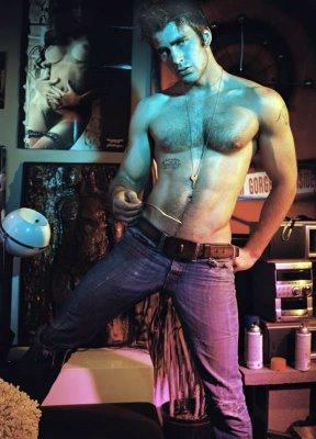 Chris Evans - such a hottie!!!!